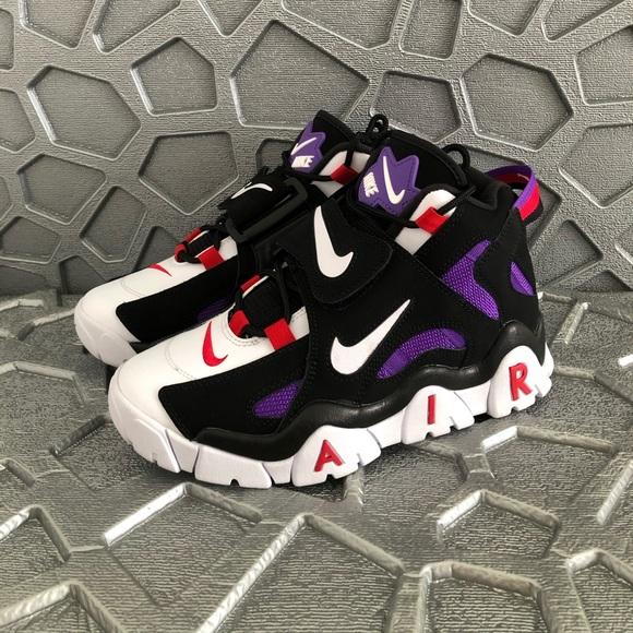 Sold Nike Air Barrage Mid Qs Raptors